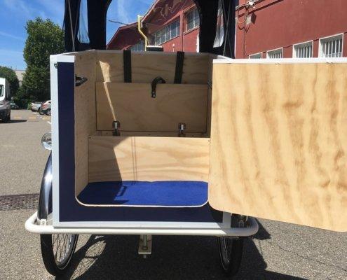 cargo bike per trasporto persone con ingresso frontale