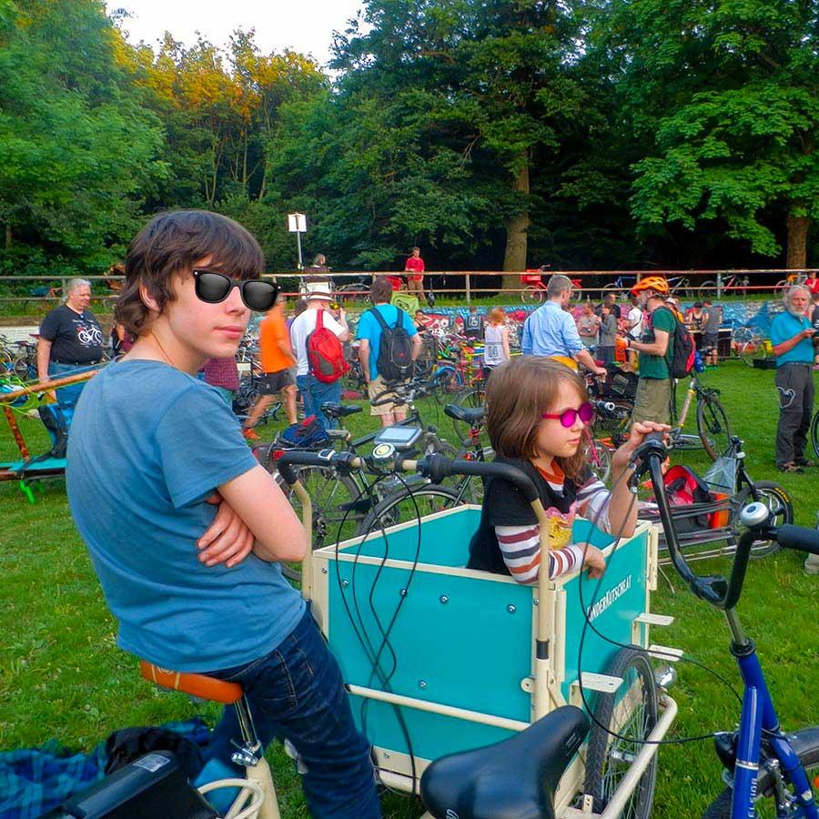 Cargo Bike TrikeGo Evento Verde outdoor Kinder Kutsche Austria